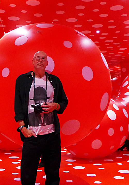 P1120344_kusama_photo_by_kwesi_olsson