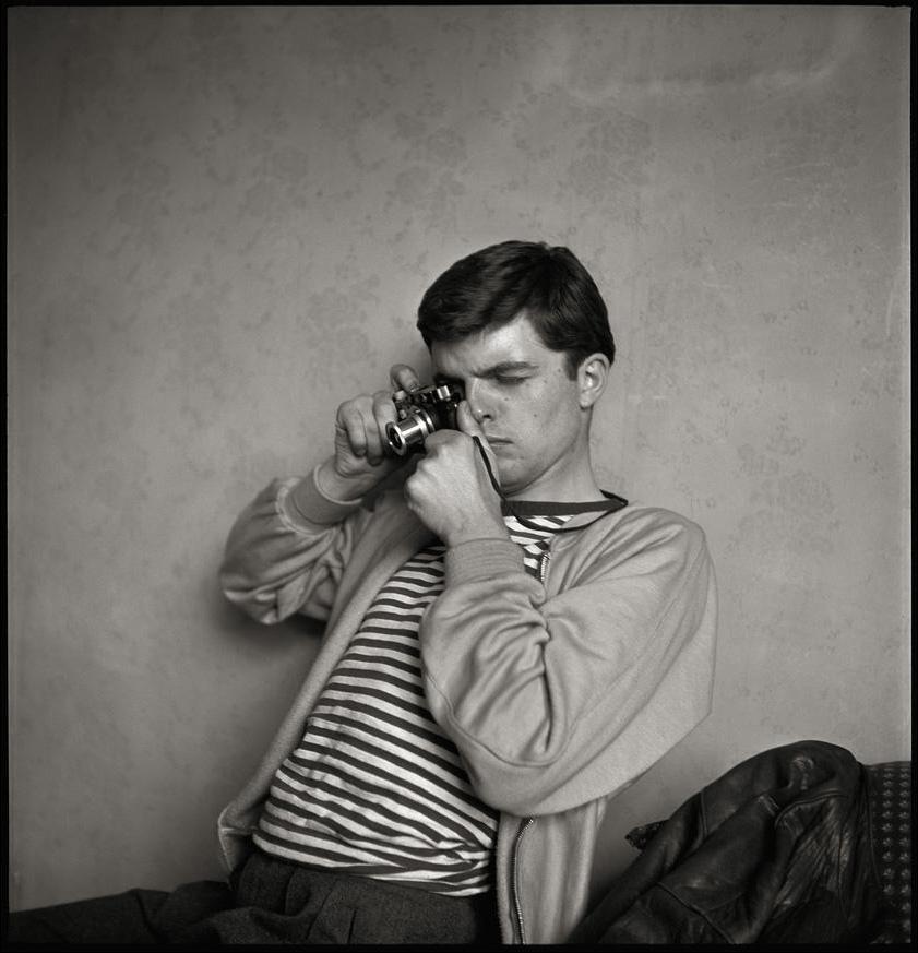 guy_bourdin_1954_photo_by_guy_bourdin